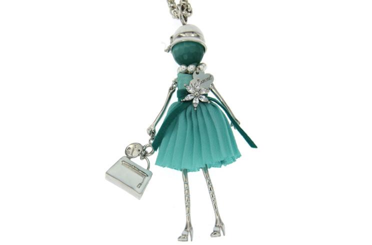 Gioiello Le Carose IO SONO con borsa kelly ed abito verde Tiffany