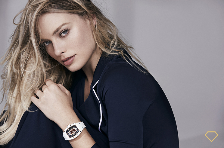 Margot Robbie indossa un orologio Richard Mille