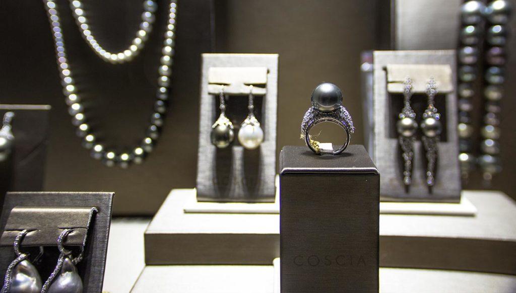 """Anello di perle da mille e una notte presentata all'evento """"alla scoperta delle perle"""""""