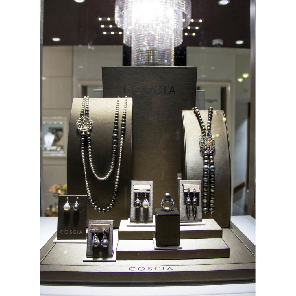 Gioielli di alta gioielleria con perle e diamanti