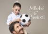 Papà con gioiello leBebè e bimba in spalla
