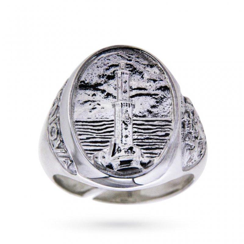 Anello Lanterna di Genova della gioielleria Cicala, uno degli anelli uomo più ricercati.