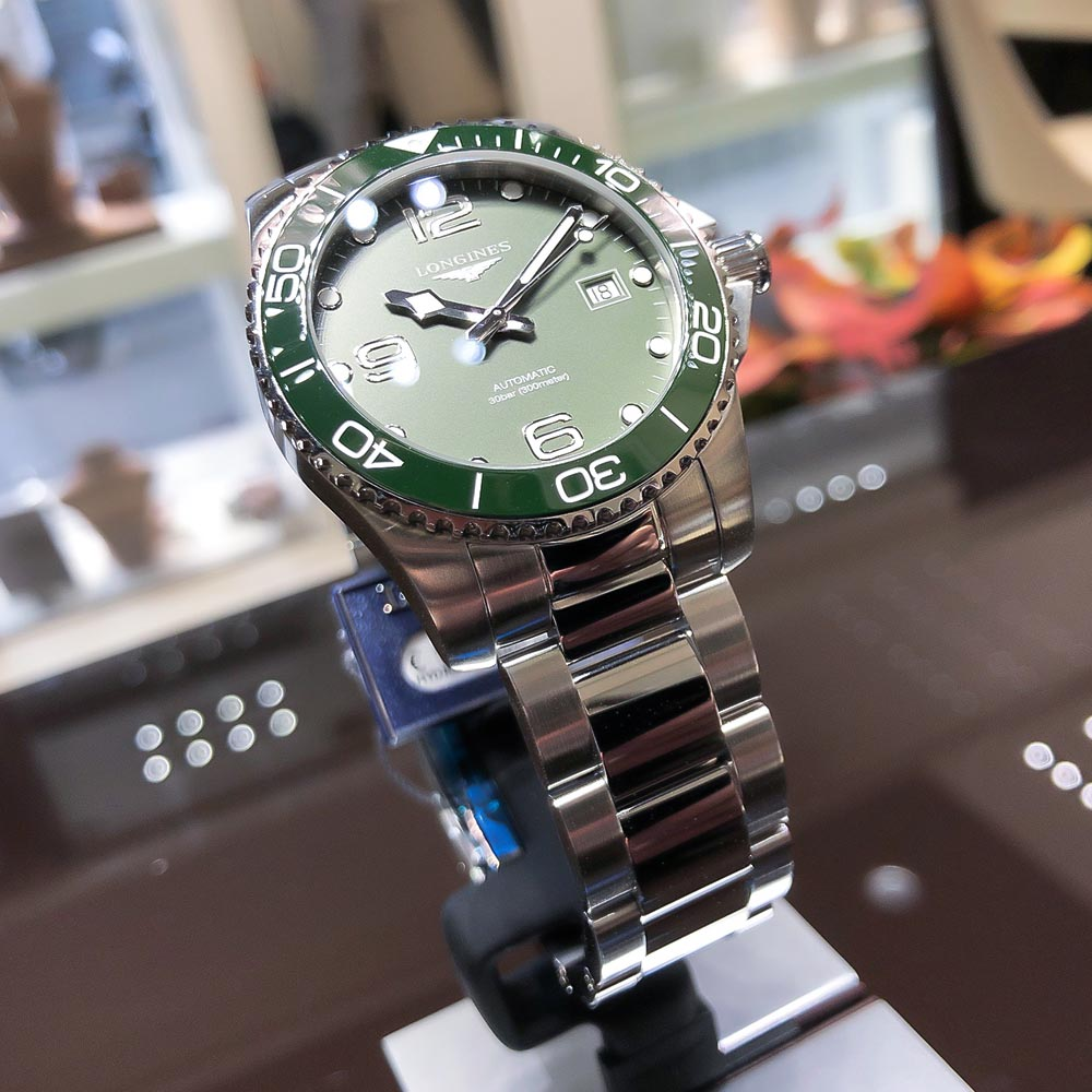 Primo piano dell'Hydroconquest Verde di Longines